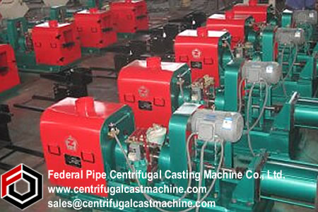 Cooling device for iron pipe centrifugal casting machine