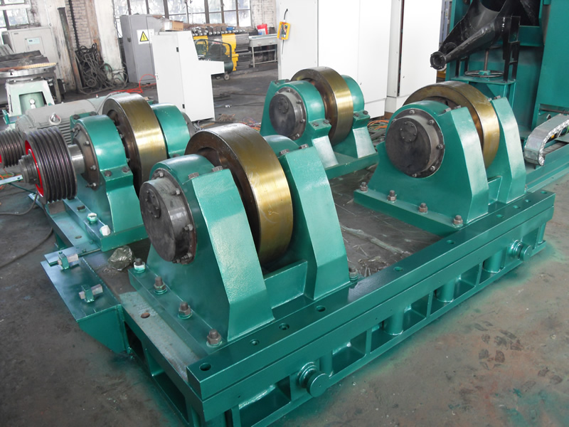 The roll centrifugal casting machine is ready for shipment.