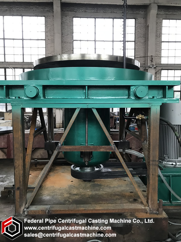 The essential feature of centrifugal casting